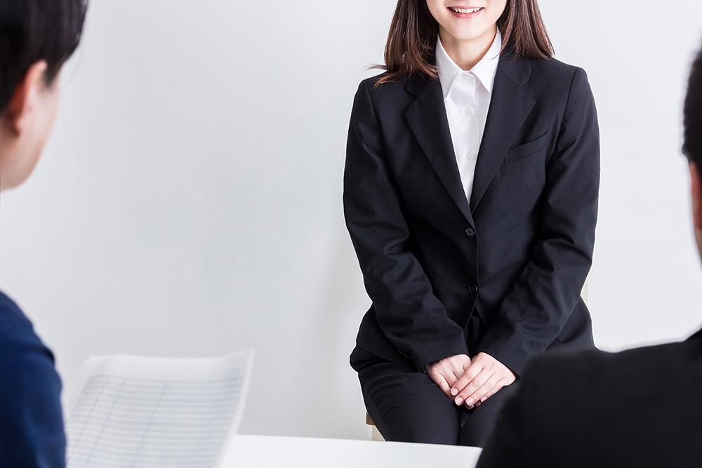 30代女性 転職 面接 服装